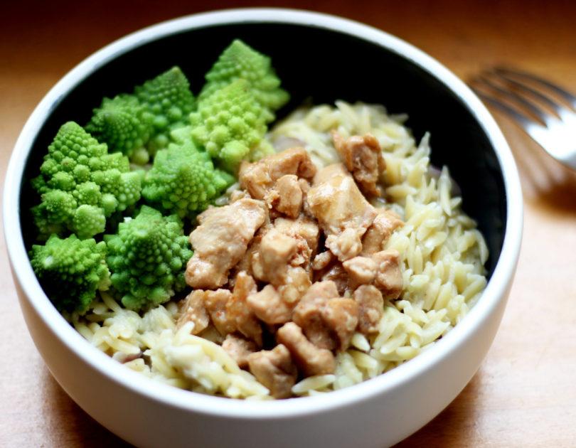 Émincé de poulet sauce soja et pâtes avoines au lait de coco et christophine