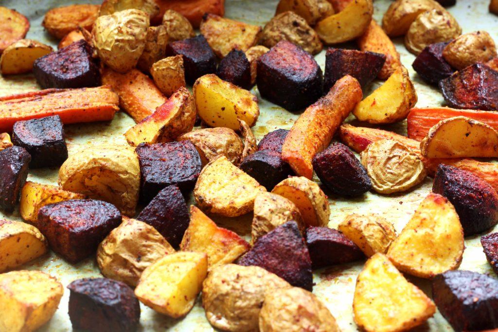 pommes-de-terre-betterave-carotte-rotis