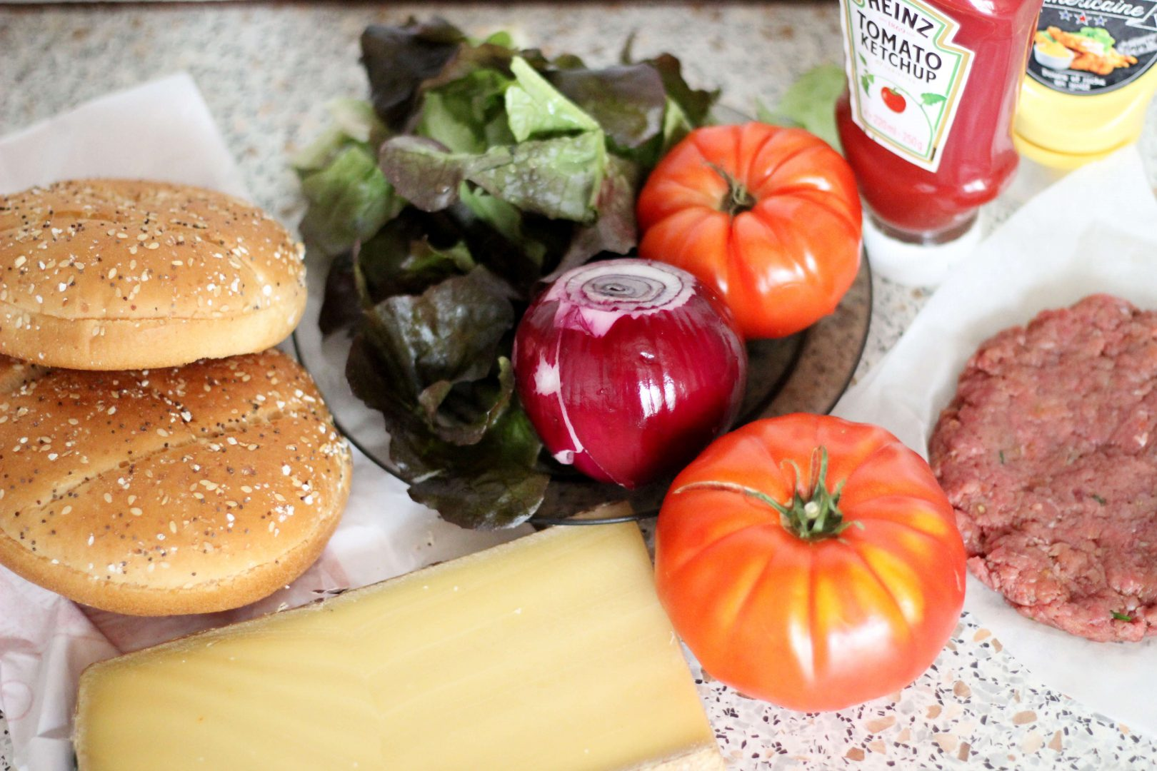 maxi-burger-ingredients